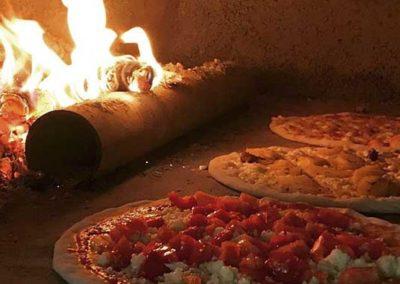 Thalia-Pizza-e-Cucina-Pizza-Forno-a-Legna